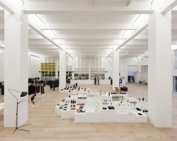 andreas murkudis vivre berlin. Black Bedroom Furniture Sets. Home Design Ideas