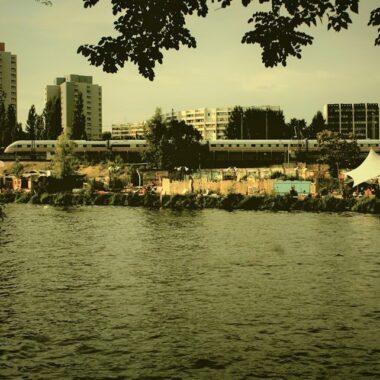 Holzmarkt : une oasis urbaine à la berlinoise
