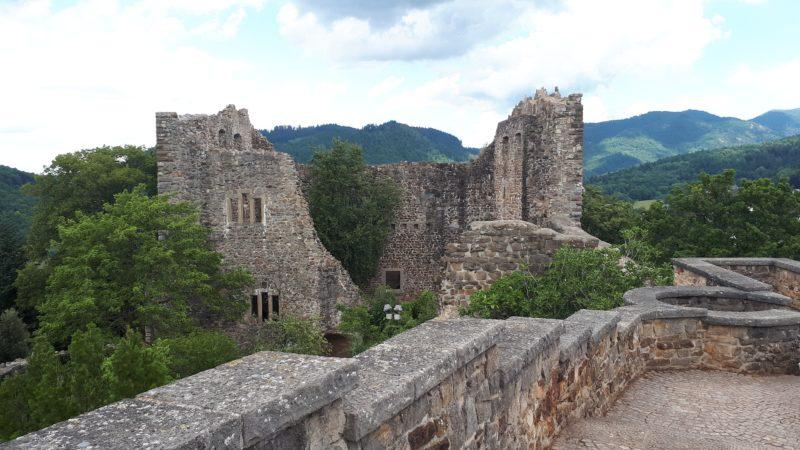 le château médiéval du village de Badenweiler