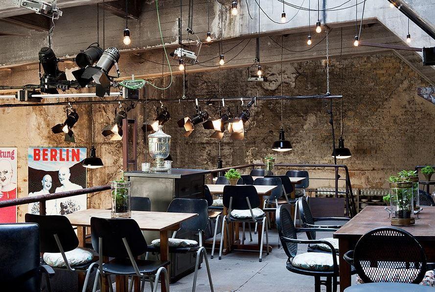 la soupe populaire la b tzow brasserei vivre berlin. Black Bedroom Furniture Sets. Home Design Ideas
